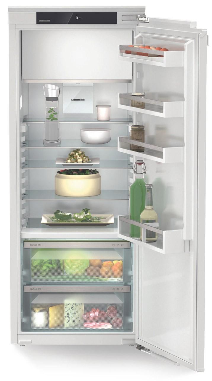 Liebherr Plus fuldintegreret køleskab – Fryseboks, Biofresh – 139,7 cm